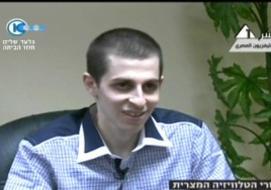Gilad Schalit interviewed on Egyptian TV