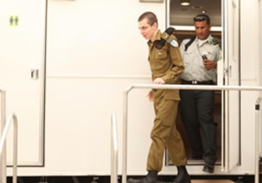 Gilad Schalit in IDF uniform after release