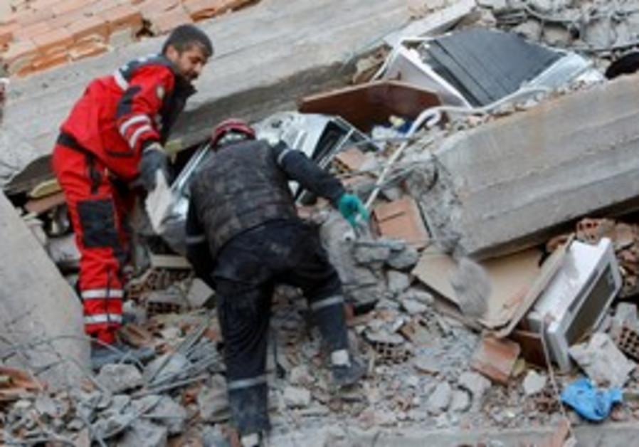 Rescue workers in Turkish city of Van