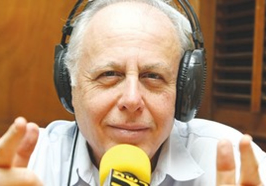 Editor and presenter Danny Dvorin
