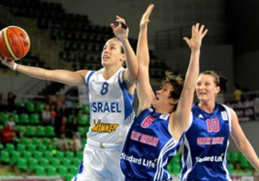 Israeli basketball player Doron Shay