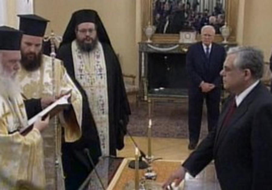 New Greek Prime Minister Lucas Papademos sworn in
