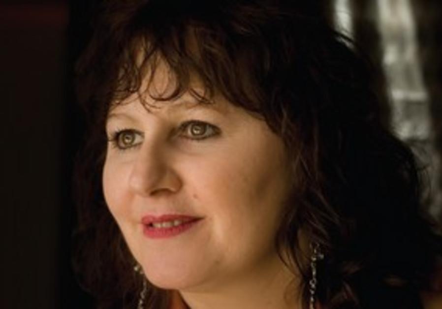 Leslie Udwin