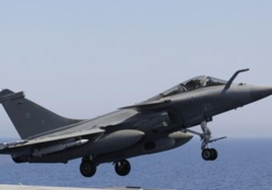 A Rafale combat jet
