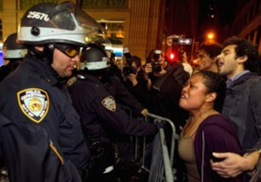 Occupy Wall Street protesters clash with NY police