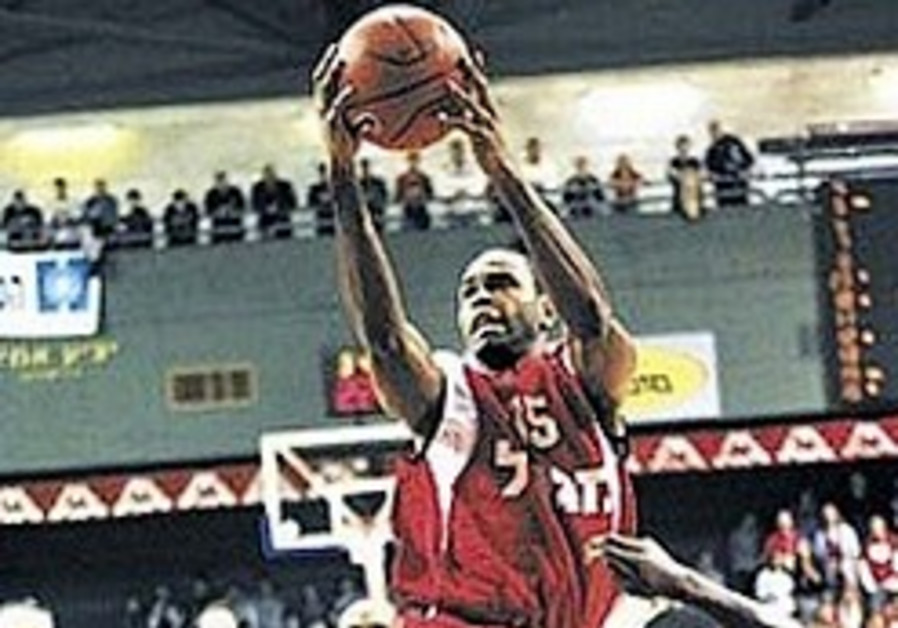 Local hoops: Hapoel avenges cup loss to Haifa in style