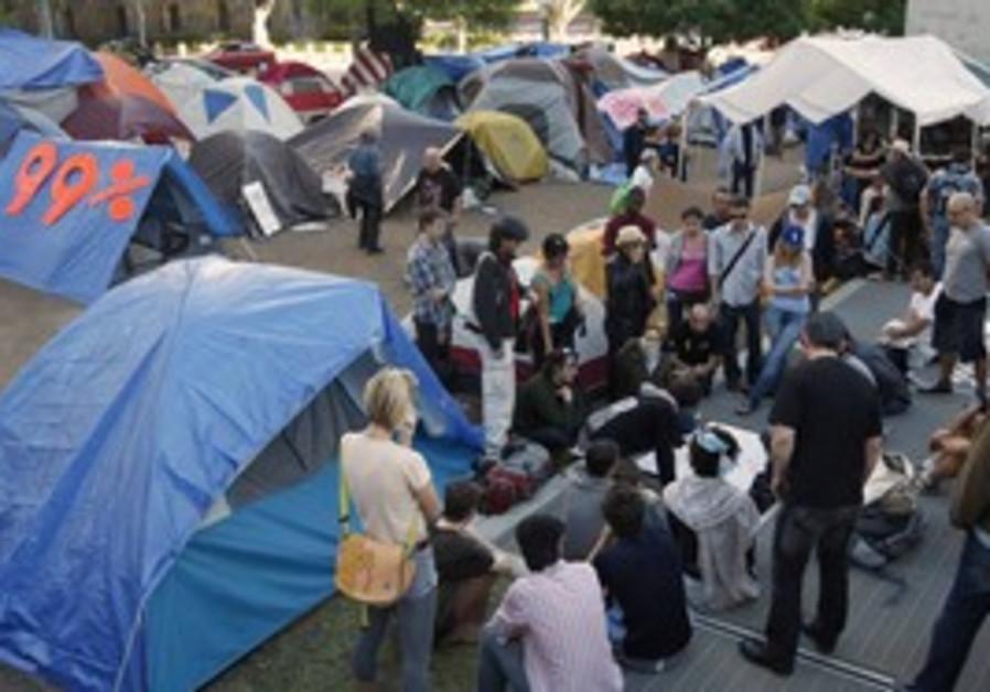 Occupy LA protesters