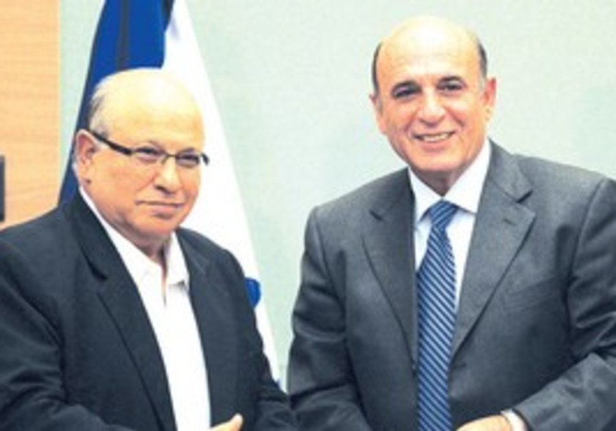 Meir Dagan with Shaul Mofaz.