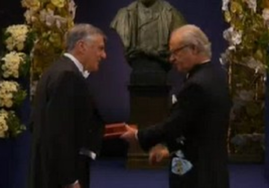 Dan Shechter is awarded the Nobel Prize