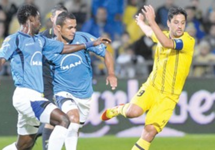 BARAK ITZHAKI of Maccabi Tel Aviv
