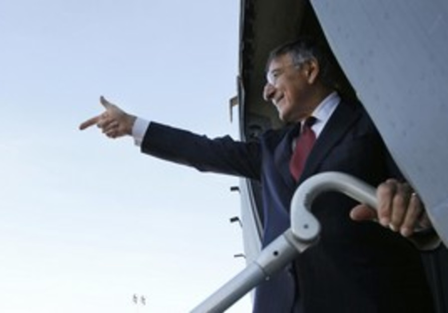 US Secretary of Defence Panetta departing Tripoli