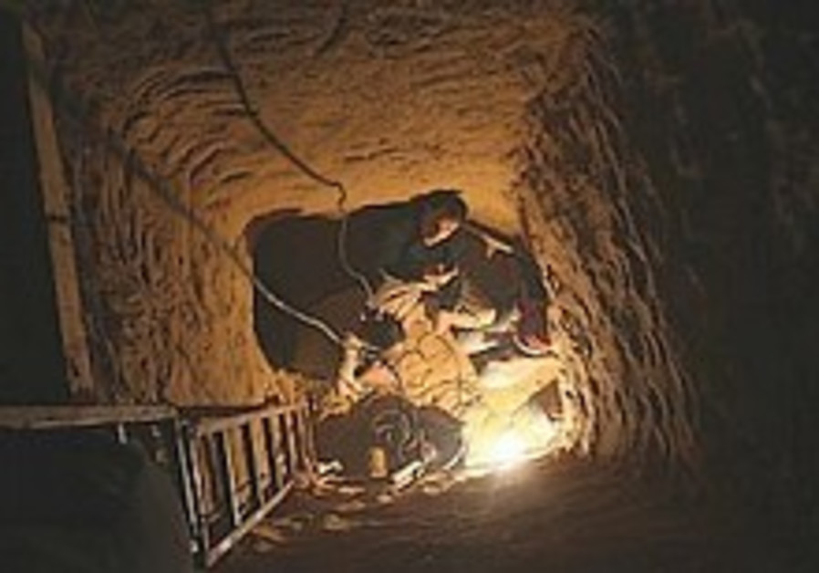 Egypt finds five smuggling tunnels