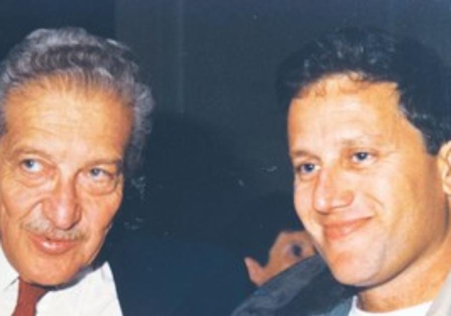 Shimshon Rozen with former commander Ezer Weizman