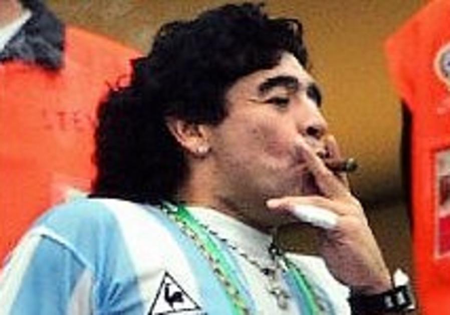 Maradona's Iran praise irks AMIA families