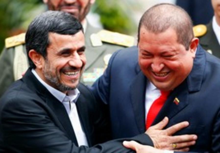 Venezuela's Chavez welcomes Iran's Ahmadinejad