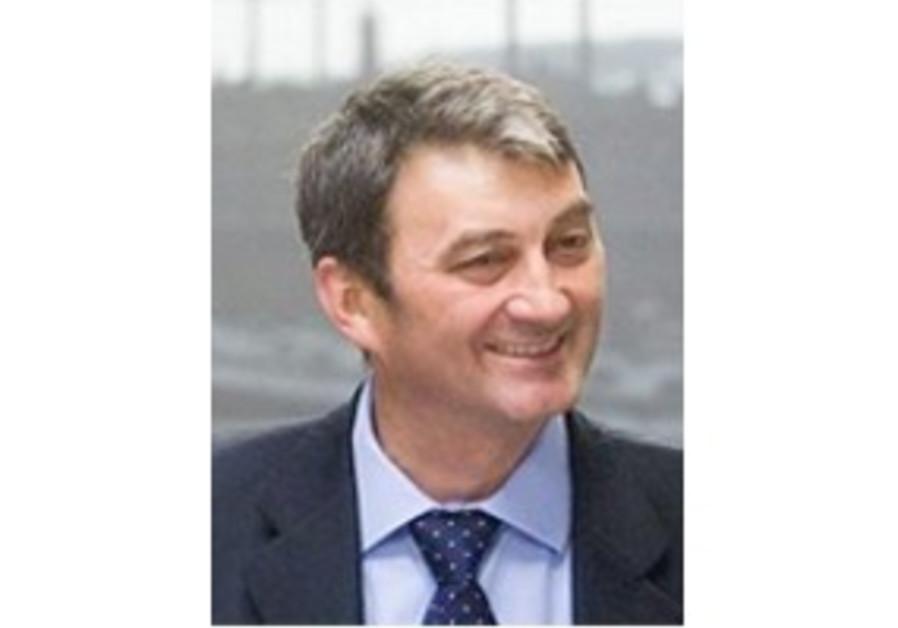Hungarian minister Prof. Zoltán Cséfalvay