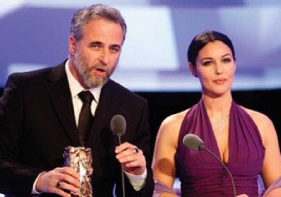 Ari Folman recieves the Cesar Award for Best Forei