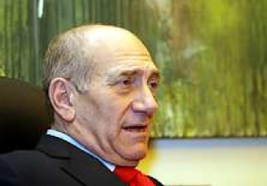 Olmert says Israel must internalize divided J'lem