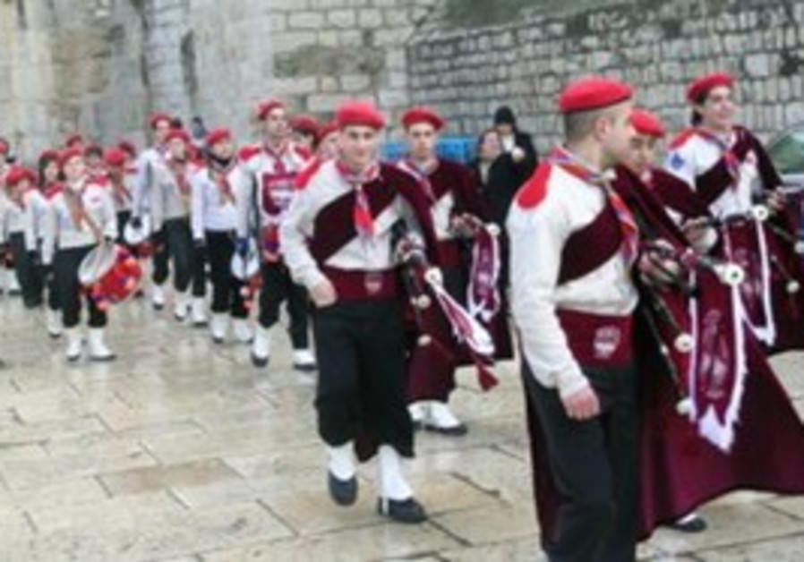 Armenian Christmas parade to the Church of Nativit