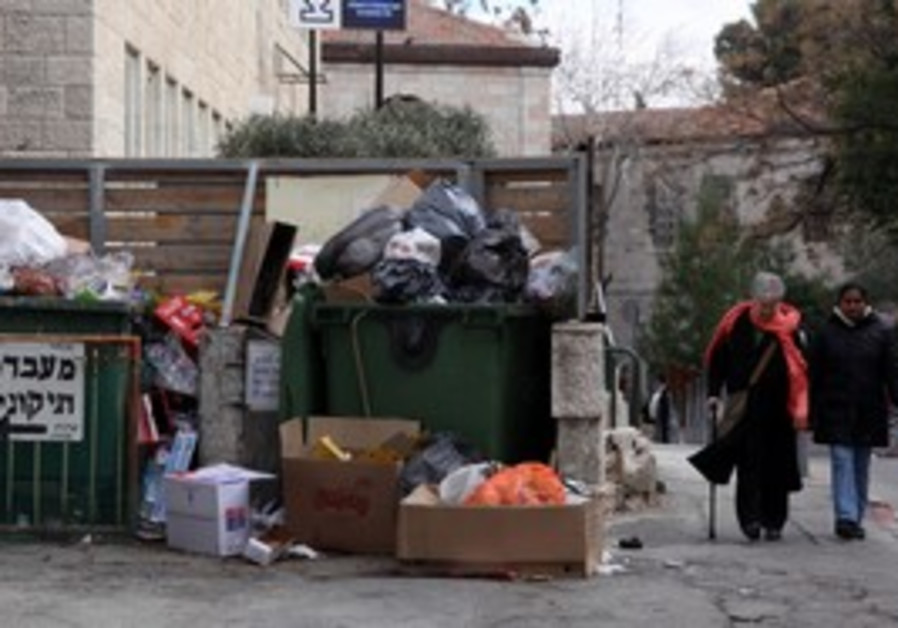 Trash piles up during Local Authorities strike