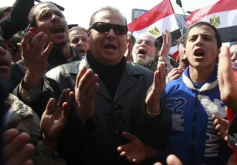 Egyptians protest after Port Said massacre