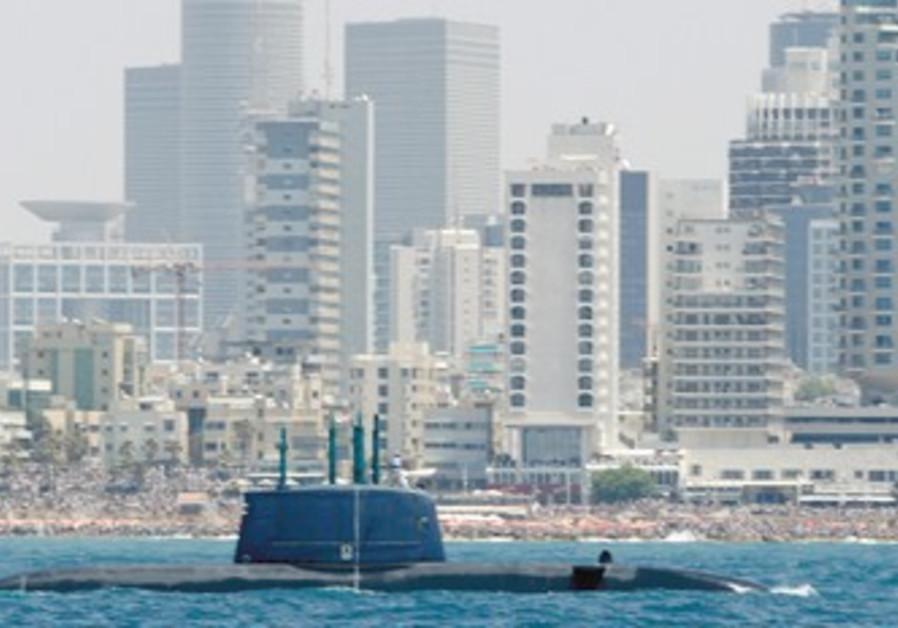 Israel Navy submarine sails off Tel Aviv