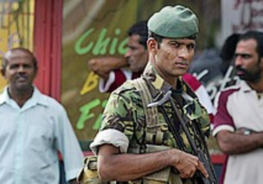 Sri Lanka gov't rejects rebels' call to revive cease-fire