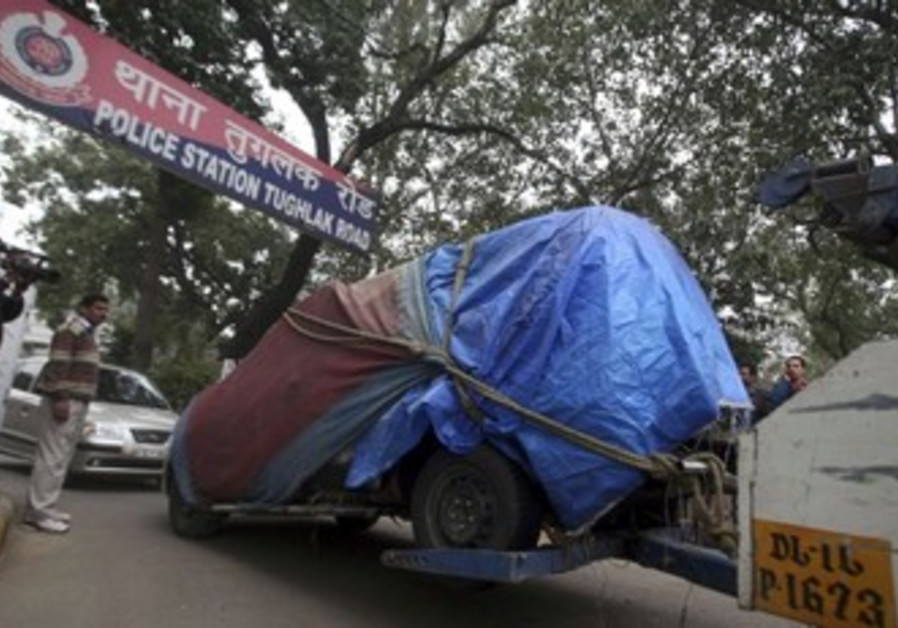 Vehicle is towed away in India: Illustrative)