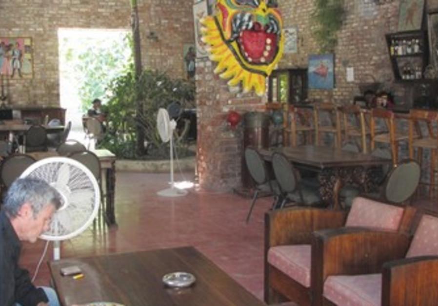 THE HOTEL Florita on Rue de Commerce in Haiti