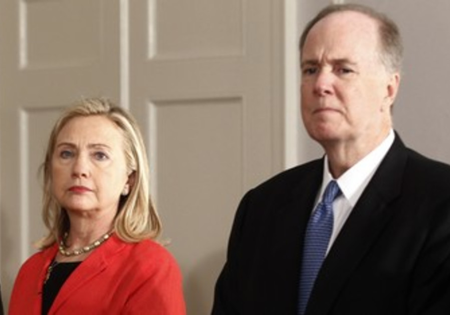 Hillary Clinton with Tom Donilon