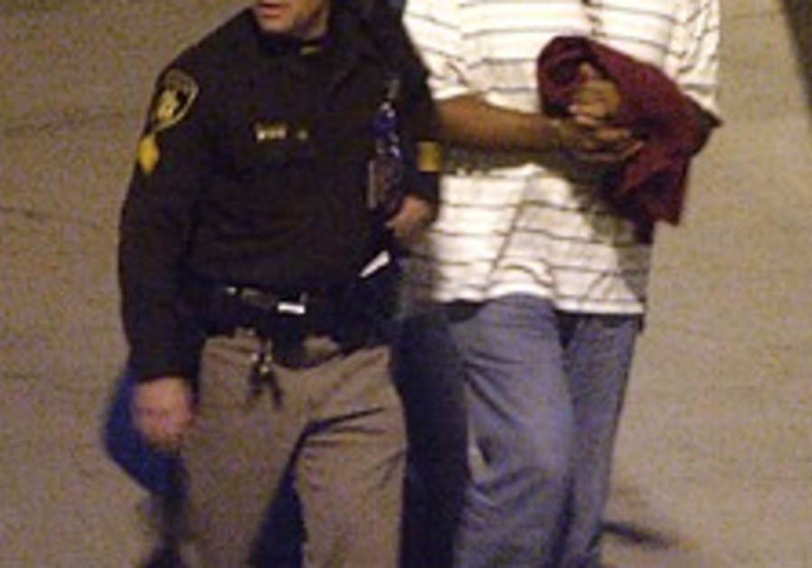O.J. Simpson jailed in Vegas, accused of violating bail