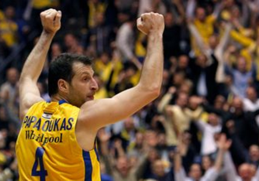 Maccabi Tel Aviv's Theo Papaloukas