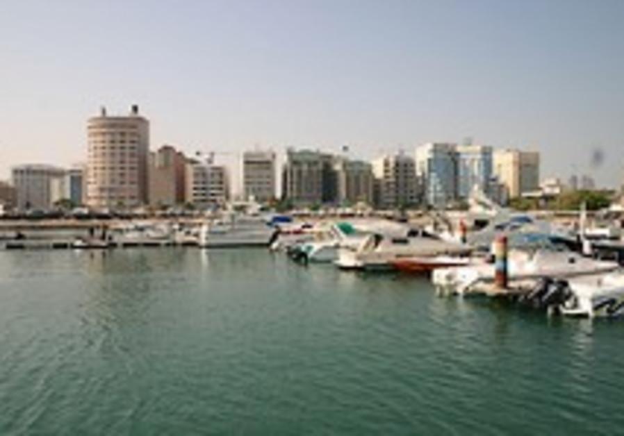 Bahrain's Quiet Opposition