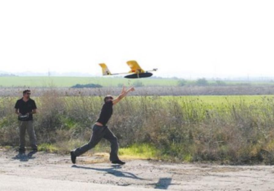 Technion students test flight pilotless vehicle