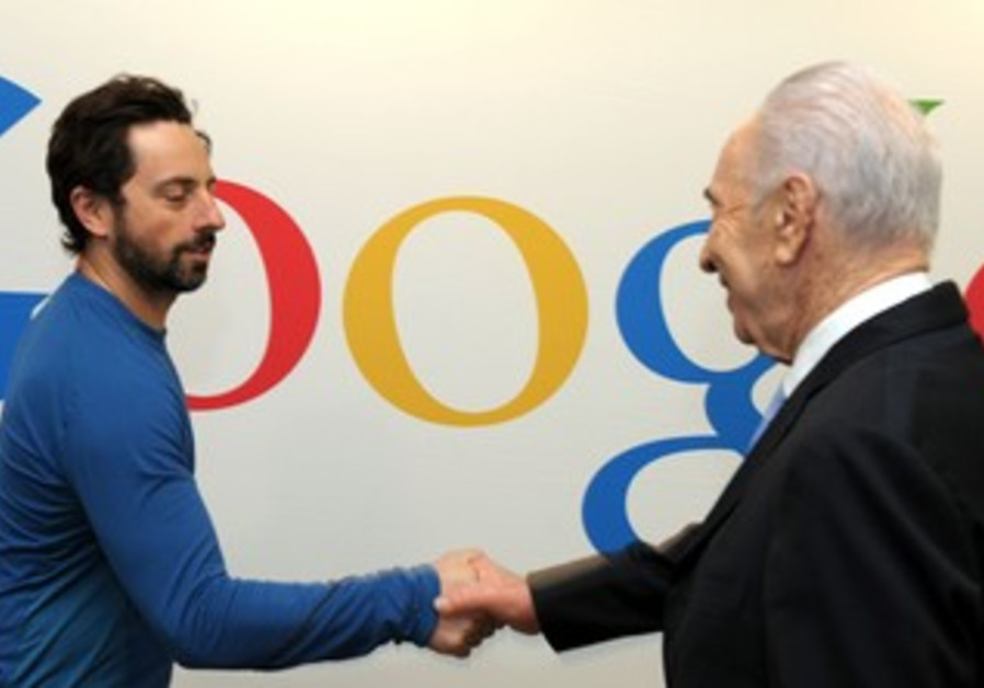 Peres with Google's Brin
