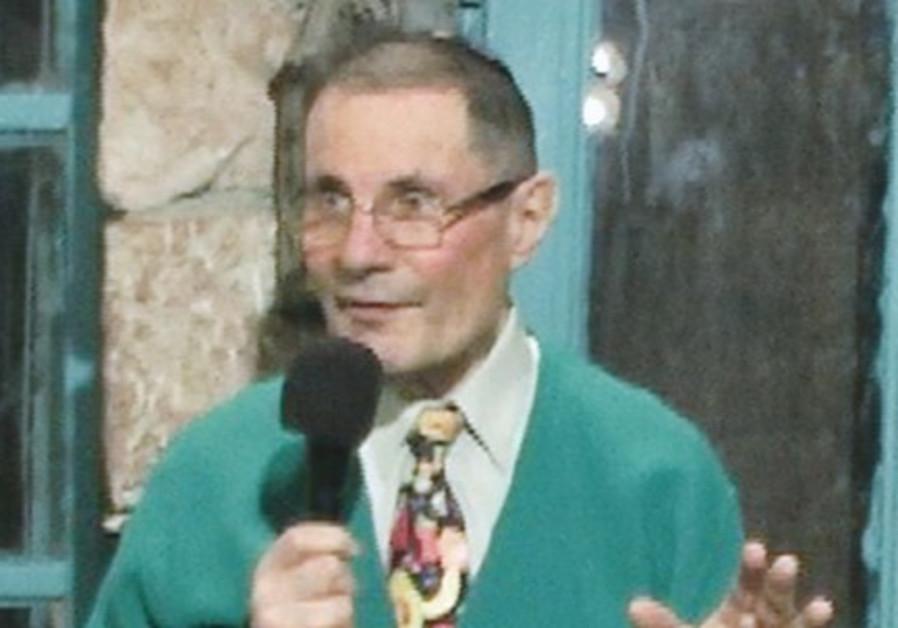 Rabbi Richard Schwartz at Tmol Shilshom