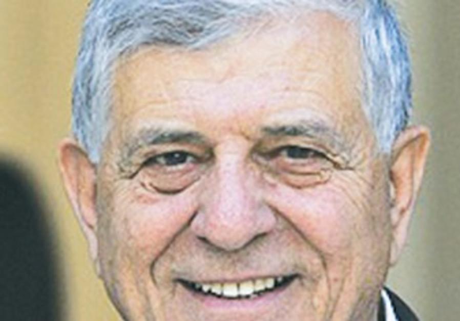 DR. BISHAWA AWAD