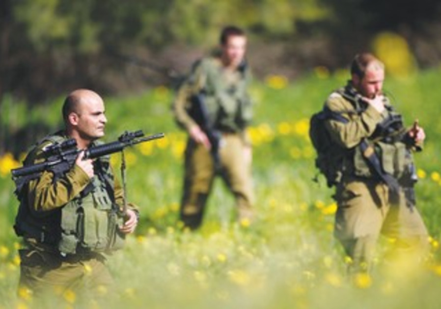 IDF soldiers near Ashkelon search for rockets