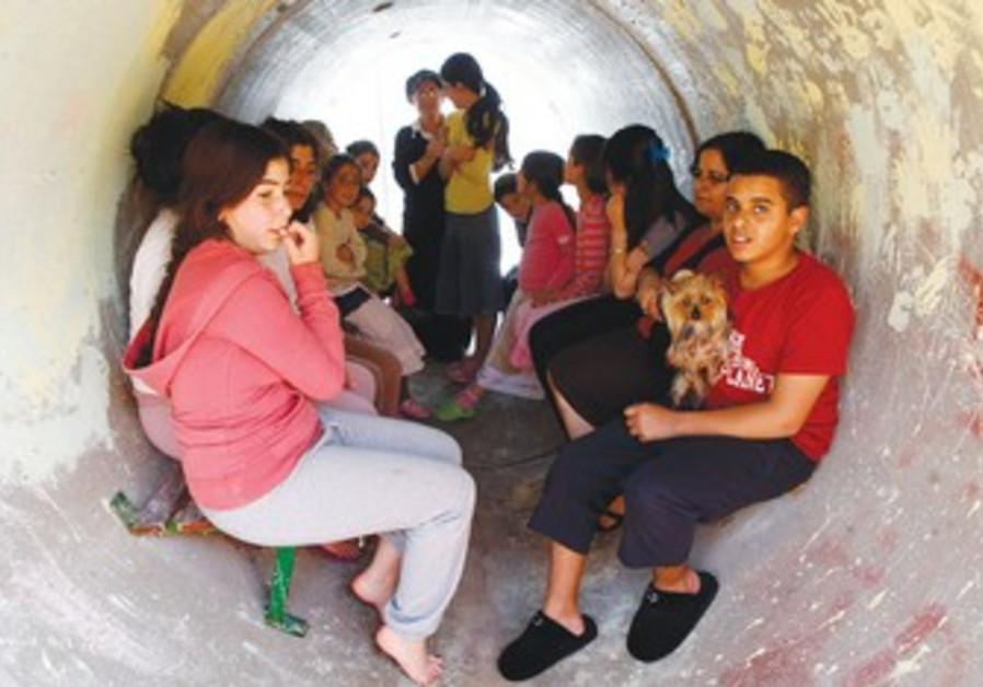 Nitzana residents seek refuge in sewage pipe