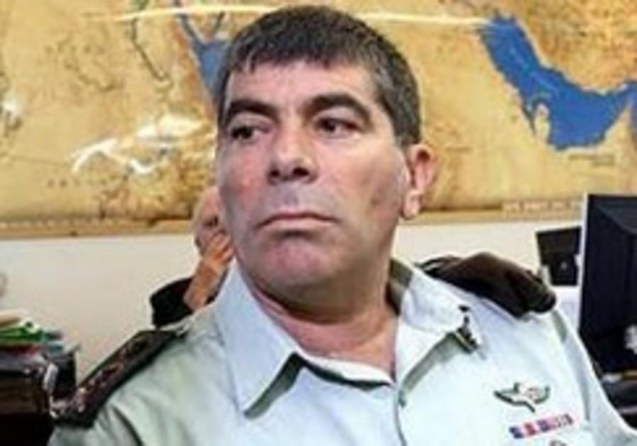Gabi Ashkenazi instructs IDF to be prepared