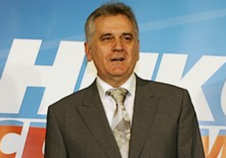 Ultranationalist leads Serbian presidential vote but runoff expected