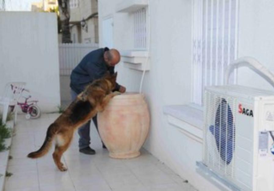 Police bust Ashdod crime-rin