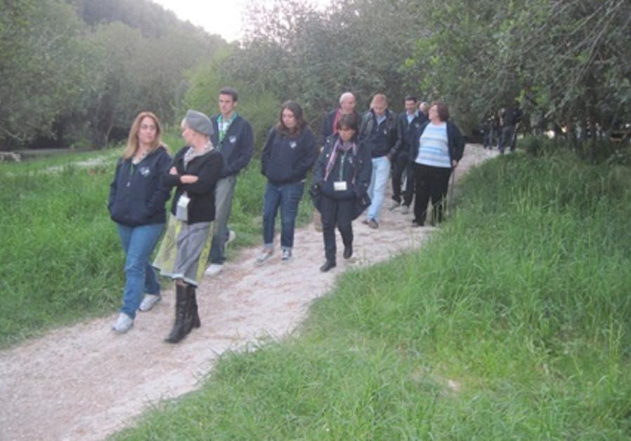 Walking along Nahal Shofet