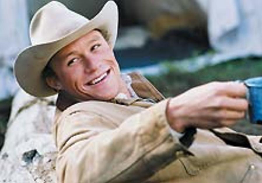 Heath Ledger found dead at 28