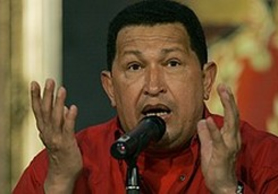 Chavez: Merkel would have backed Nazis