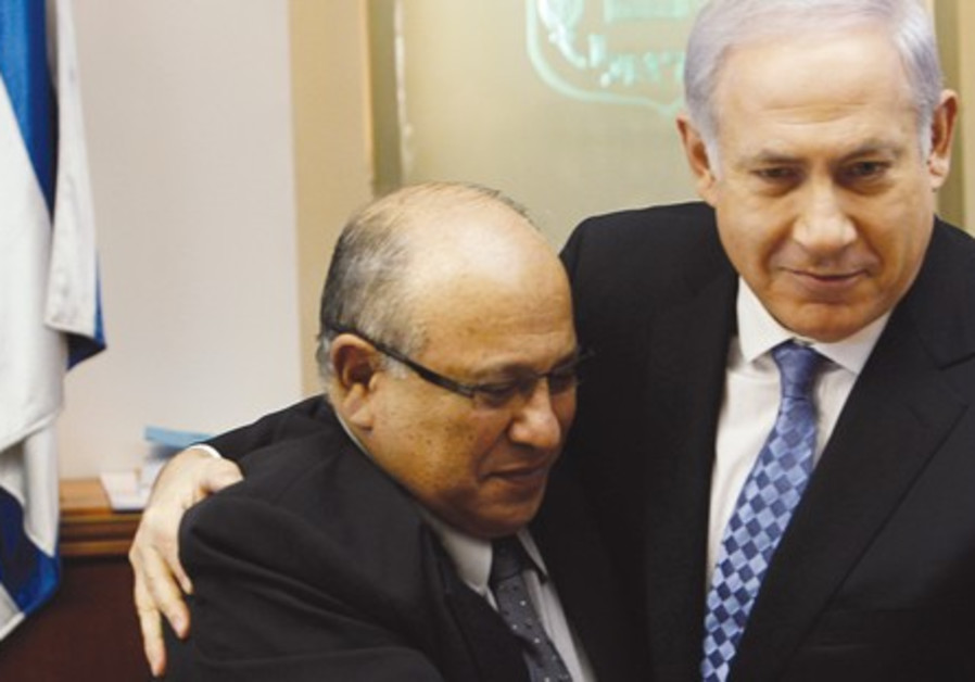 Meir Dagan with PM Binyamin Netanyahu.