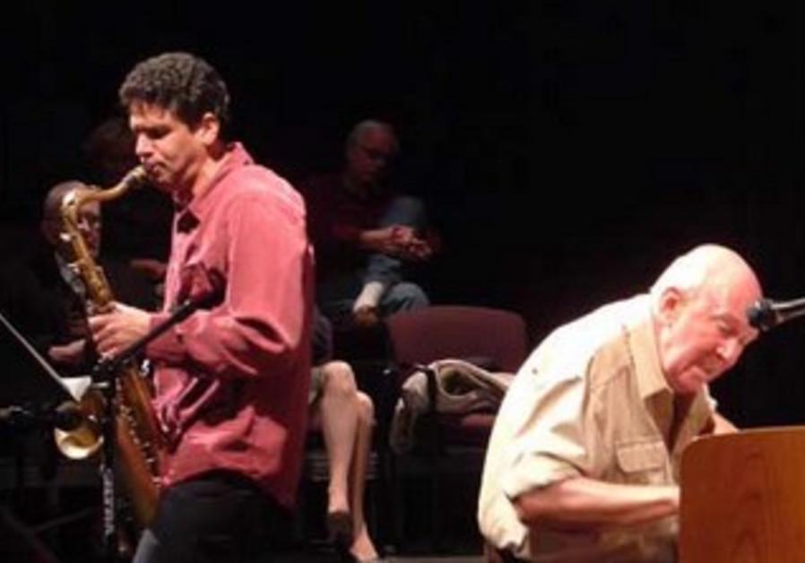 Benny Sharoni with legendary pianist John Coates