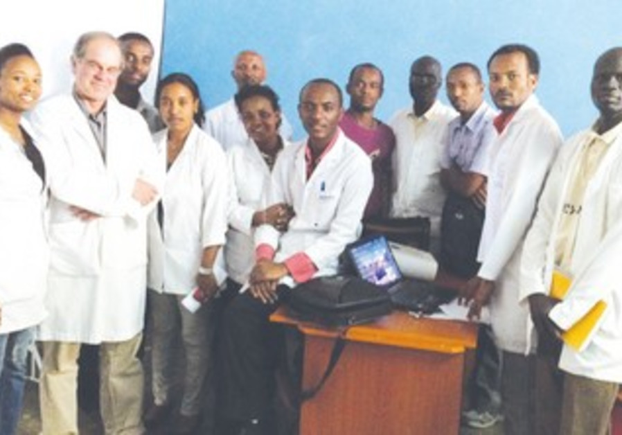 ETHIOPIAN, Hadassah HEALTH officers