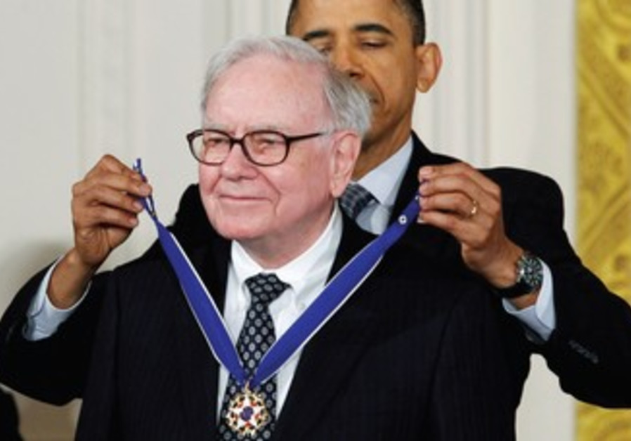 Buffet receives Medal of Freedom from US President
