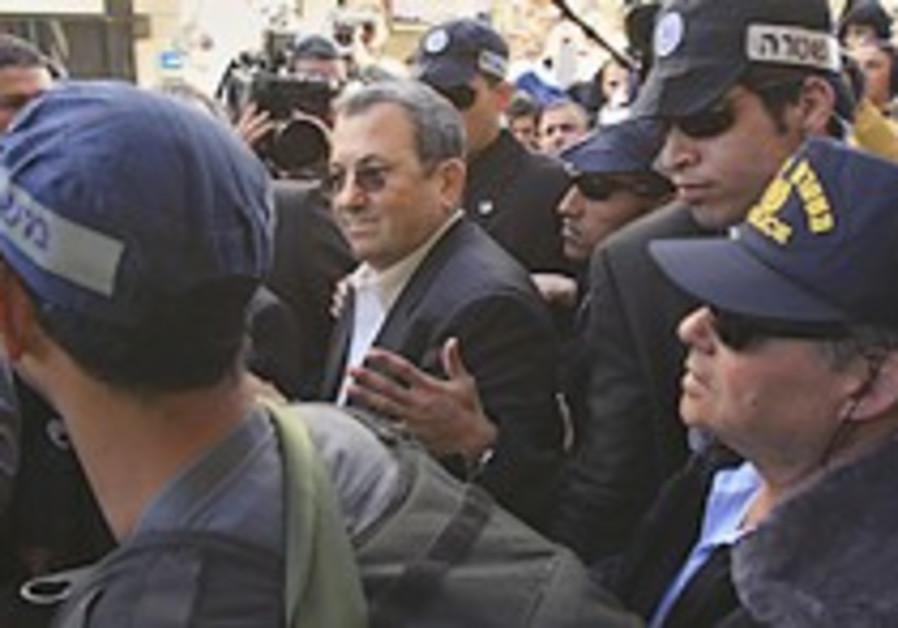 Barak: Attack justifies staying in gov't